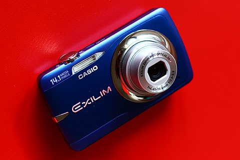 CASIO EXILIM EX-Z550写真1