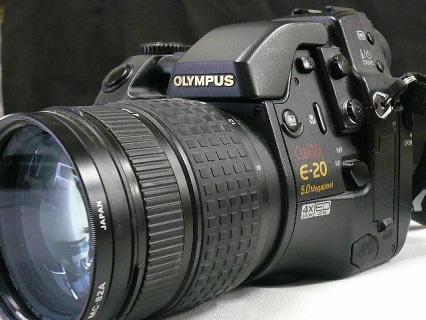 OLYMPUS E-20写真1