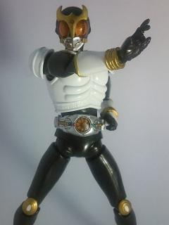 仮面ライダークウガ グローイングフォーム写真1