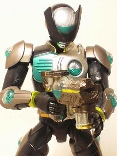 仮面ライダーバース写真1