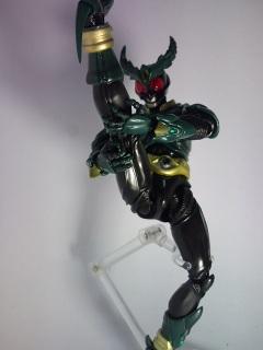 仮面ライダーギルス写真2