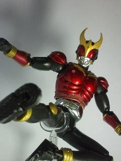 仮面ライダークウガ マイティーフォーム写真3