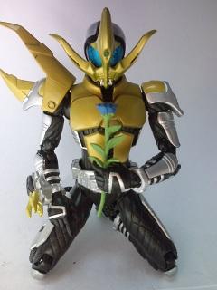 仮面ライダーコーカサス写真2
