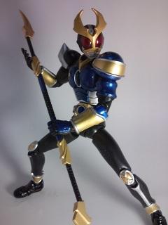 仮面ライダーアギト ストームフォーム写真3